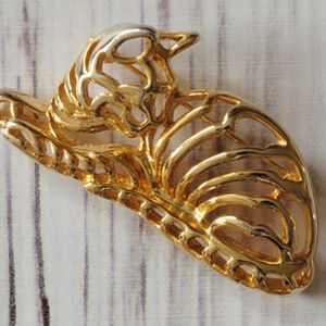 vintage gold tone cat brooch pin cut out euc